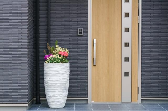 庭の隅っこや玄関